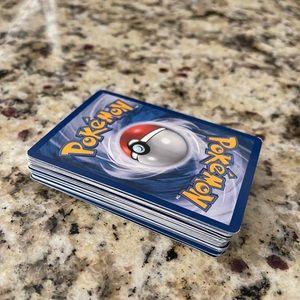 36-PC Pokémon Collectors Cards